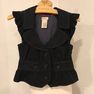 Anthropologie Elevenses Lucinda Bow Ruffle Vest